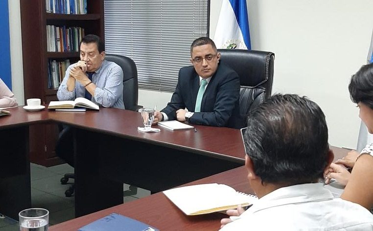 Procurador Apolonio Tobar sostiene reunión con organizaciones de Veteranos de Guerra